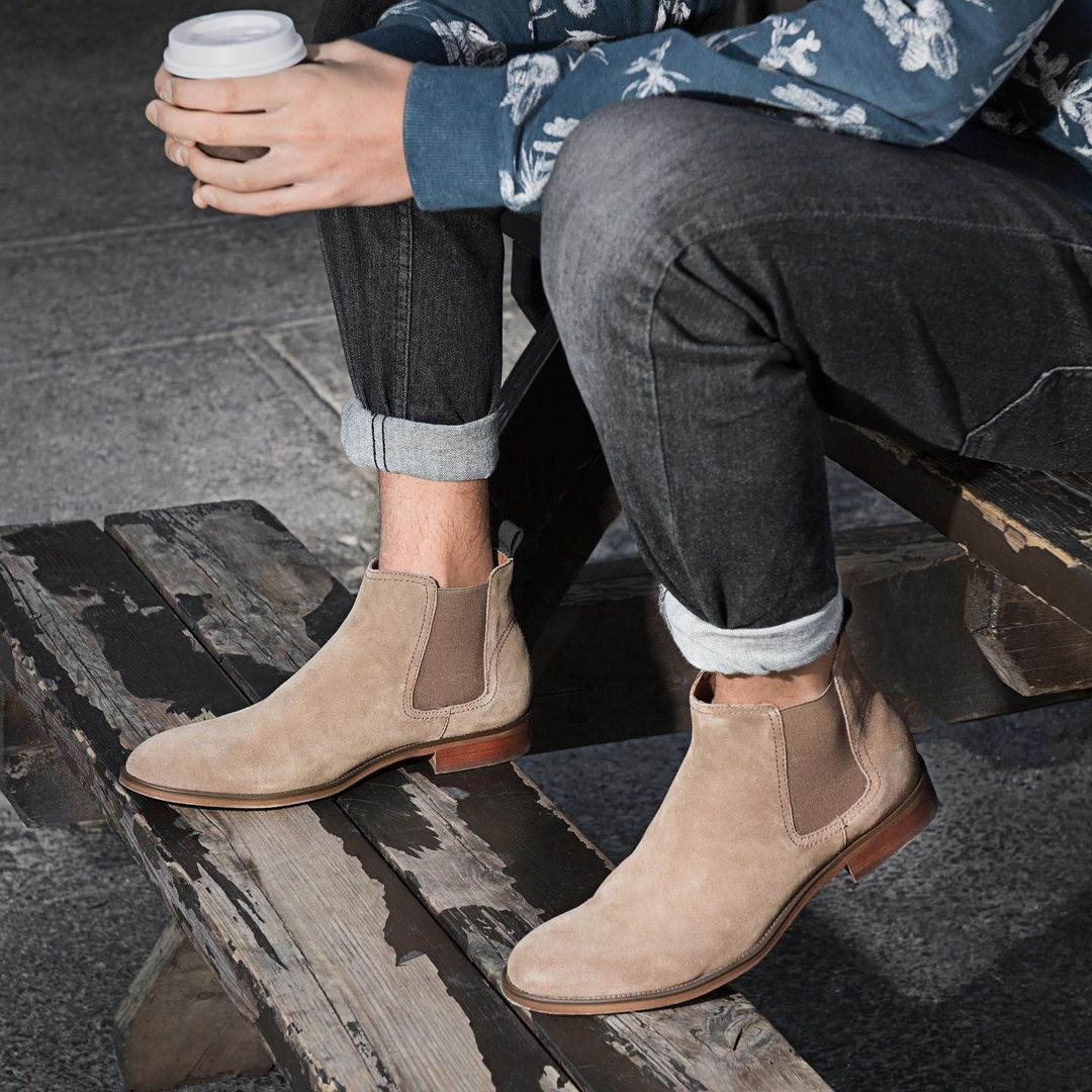 Light brown Chelsea boots