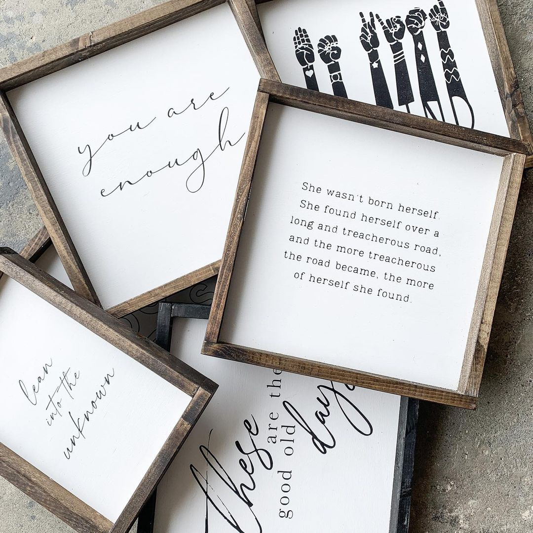 Light wood Frames with quotes