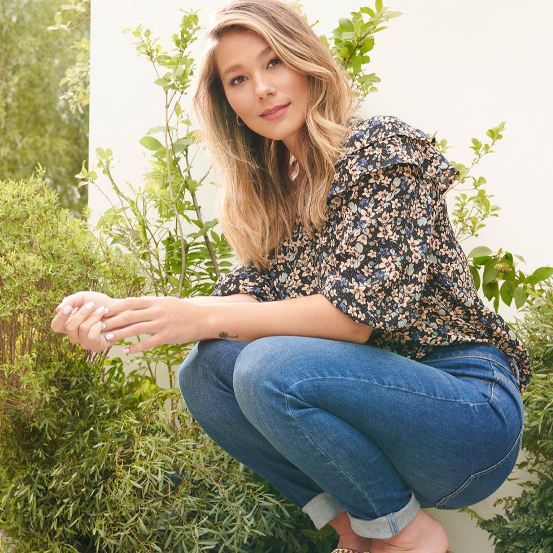 RW & Co floral statement pattern blouse